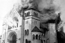 Incendio sinagoga